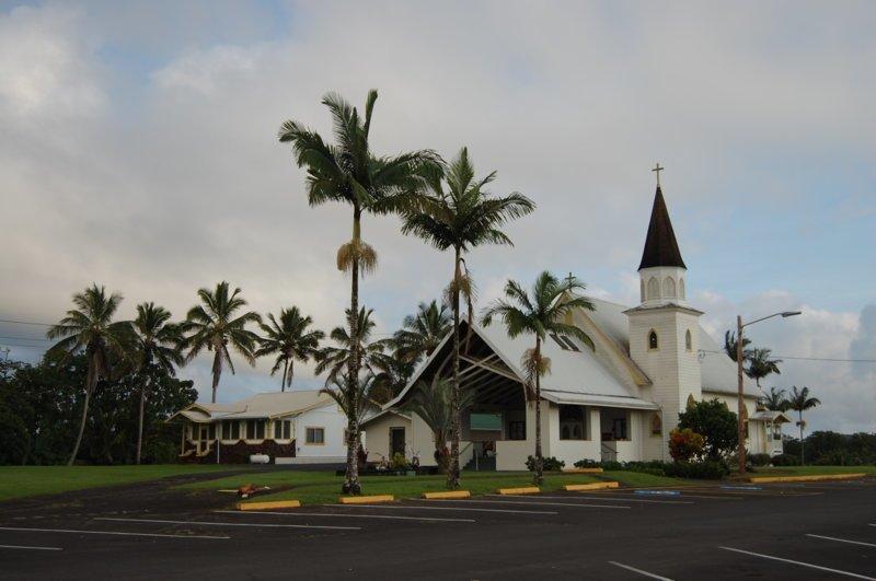 Скромная гавайская церковь америка, вулканы, гавайи, пейзажи, природа, путешествия