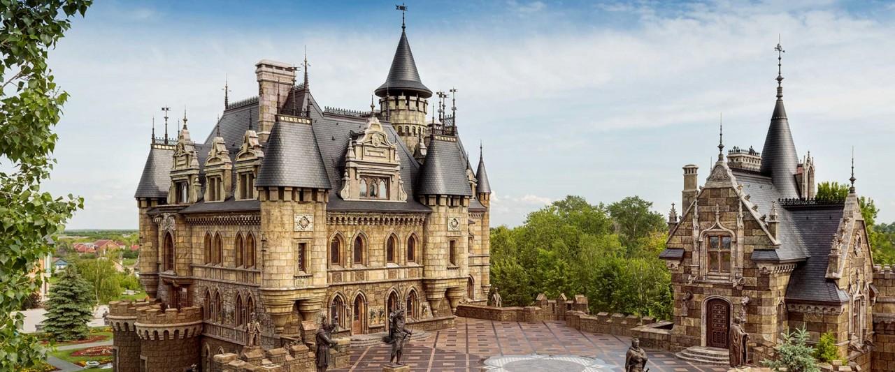 Средневековые замки России, которые находятся в личной собственности