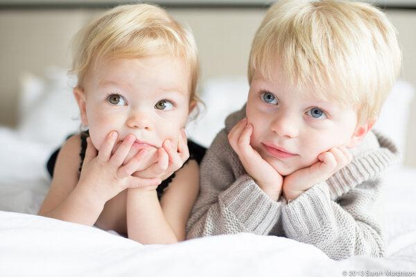 Воспитание погодок – на что обратить внимание родителям
