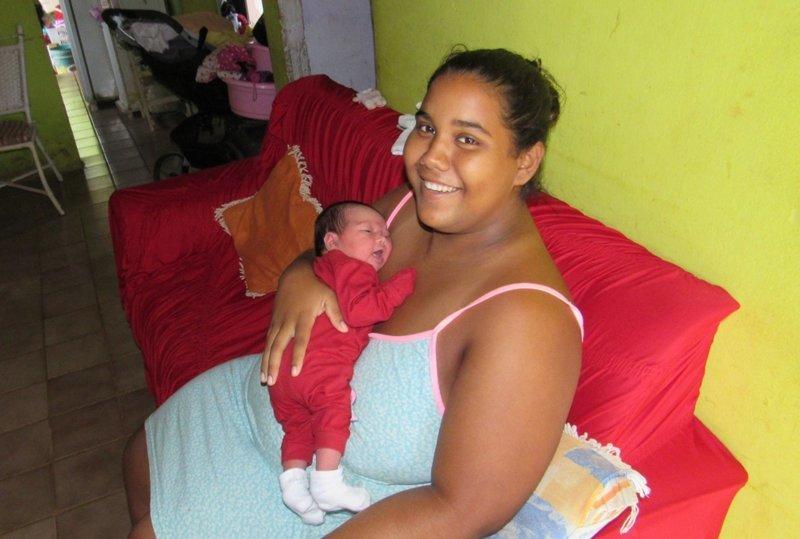 На острове, где запрещено рожать, удивительным образом появилась на свет малышка ynews, закон, запрет, нарушение, непорядок, остров, ребенок, роды