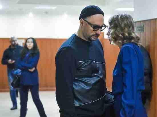 Ахеджаковой запретили защищать Серебренникова репортаж из суда