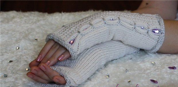 Как приклеить или пришить стразы на ткань или вязанное полотно