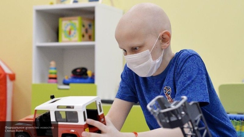 Ученые нашли способ сохранить волосы онкологическим больным после химиотерапии