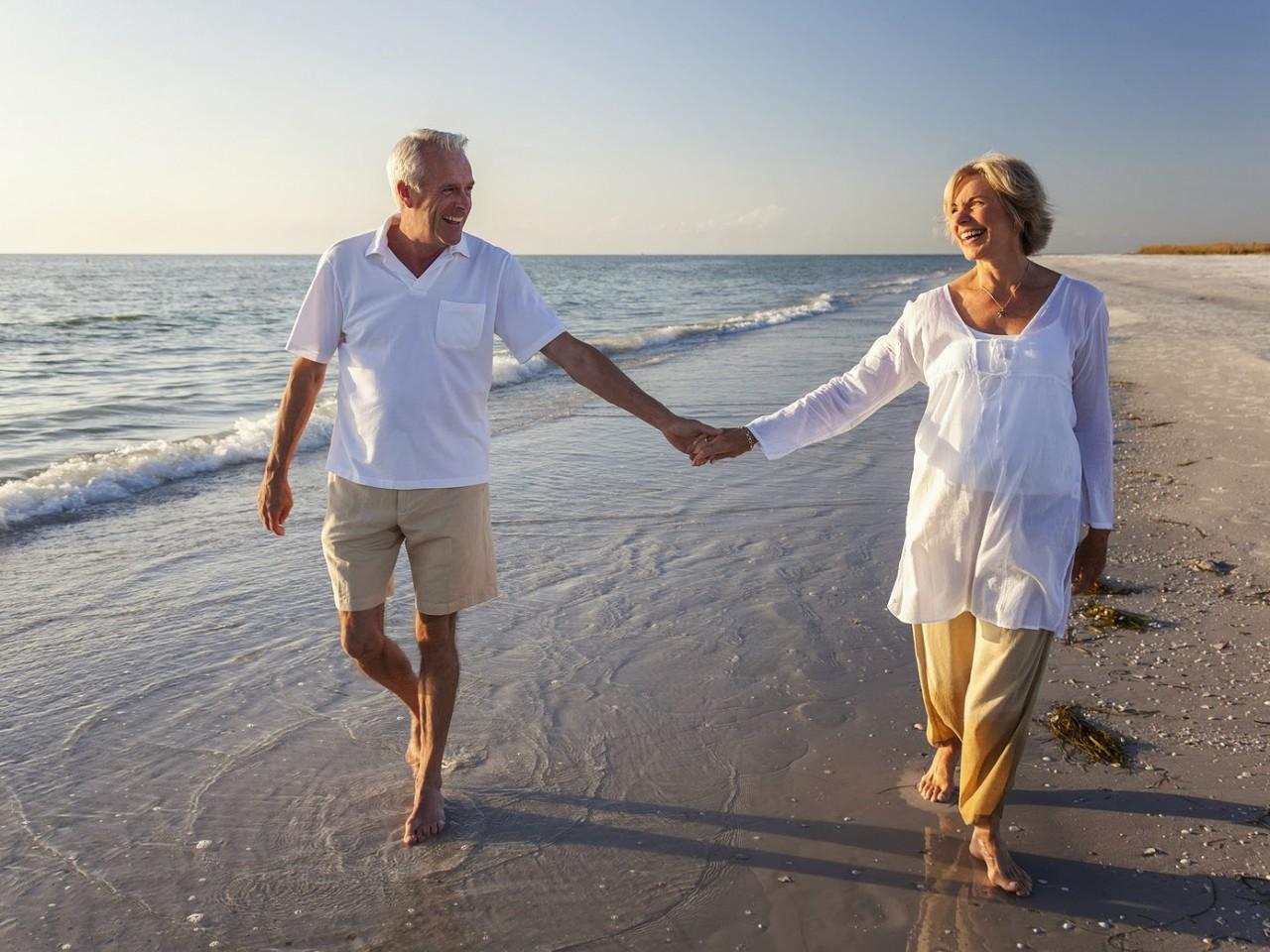 С годами можно быть счастливой просто так. Шесть принципов счастливой женской старости