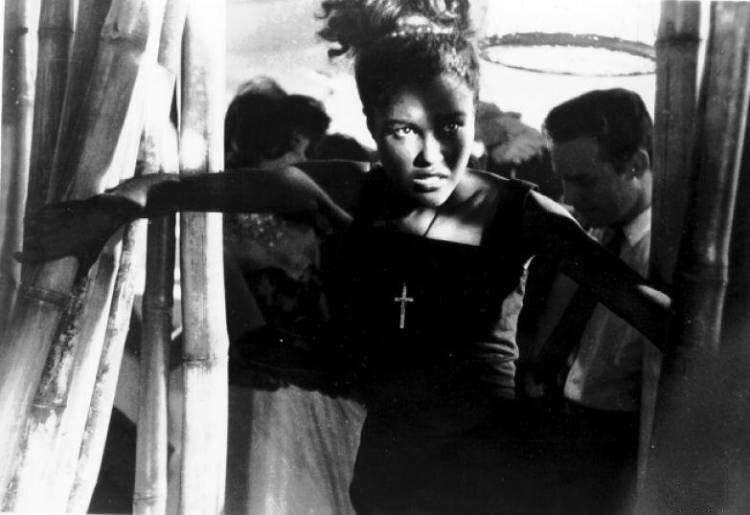 Падшая девушка Бетти из советского нуара «Я — Куба» история кино,кино,киноактеры,Куба,легенды мирового кино,мода и стиль,моровой кинематограф,ностальгия,СССР,художественное кино