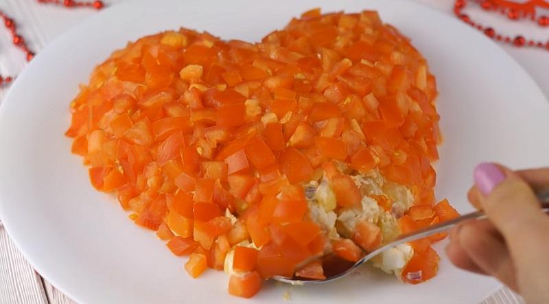 Праздничный салат в форме сердца: очень вкусно, сытно и просто