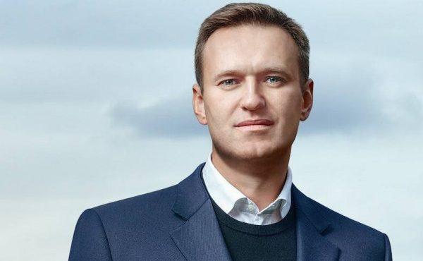 Неудачи «политического трупа»: закрытие штабов, нулевой рейтинг, что ждет Навального дальше?
