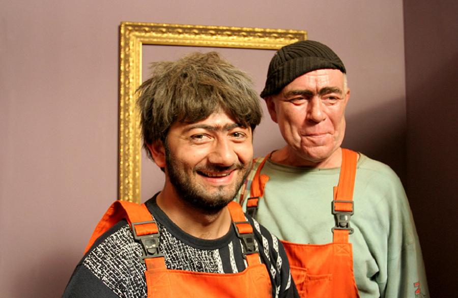 Пока русские мужики бухают, Джамшуты и Равшаны делают наших баб счастливыми