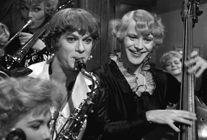 15 озорных цитат из фильма «В джазе только девушки»