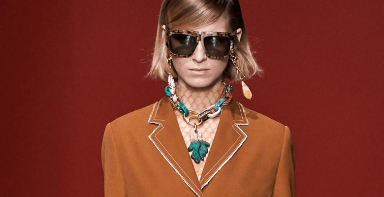 Как носить самое модное укра…