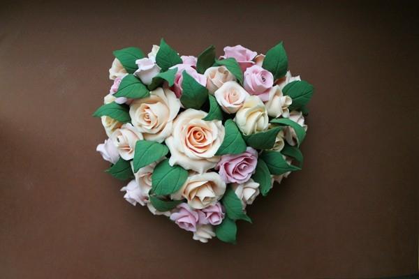 Лепка цветов из полимерной глины: делаем сердце из роз