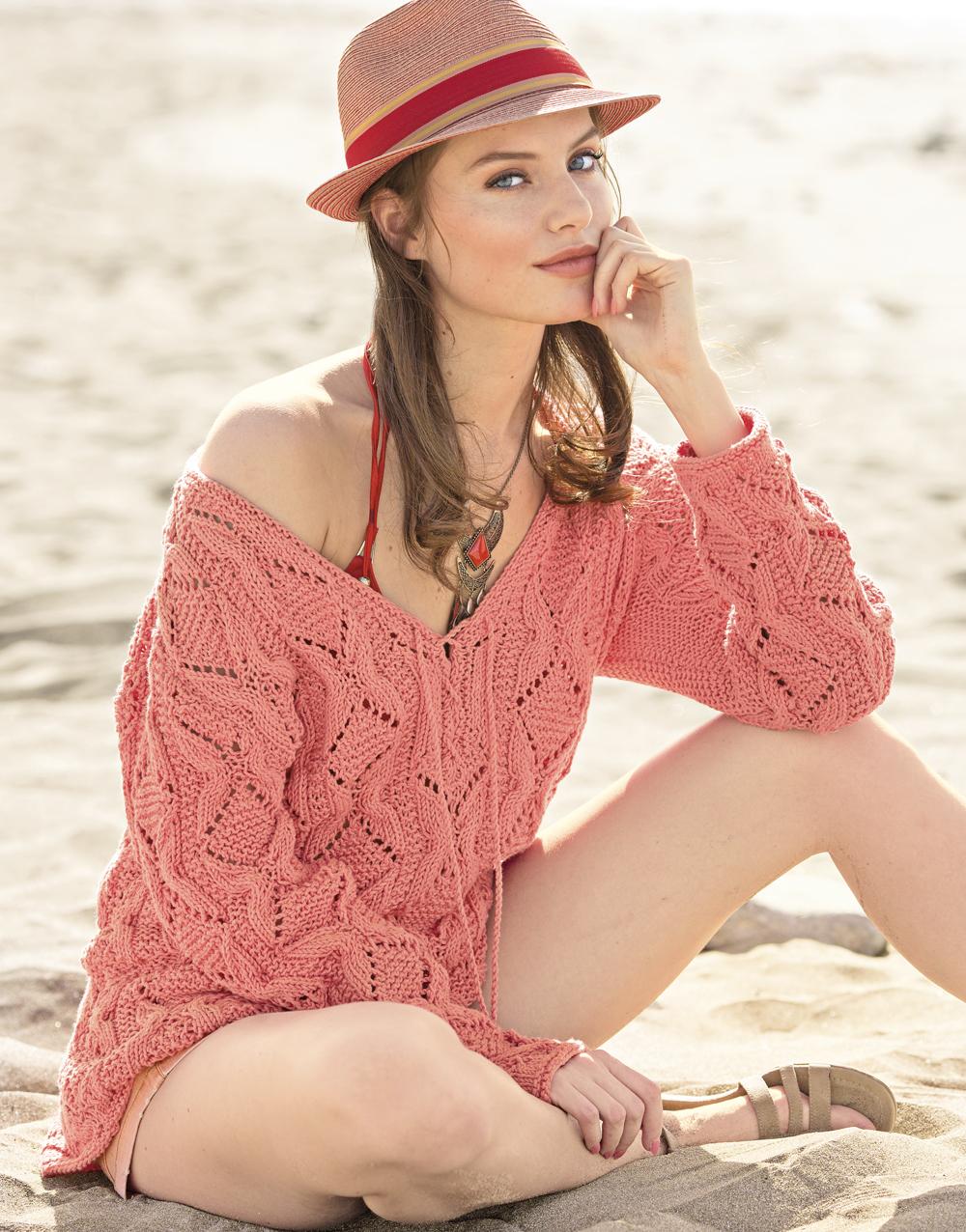 Пуловер со шнуровкой и структурным узором