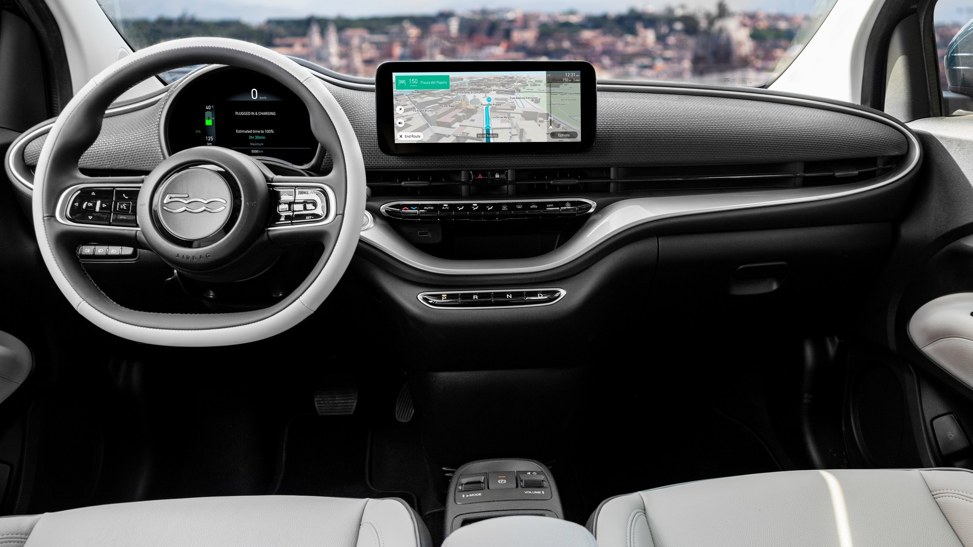 Практичная асимметрия: новый Fiat 500 получит дополнительную боковую дверь авто,авто и мото,автосалон,водителю на заметку,машины,новости автомира,Россия,тюнинг