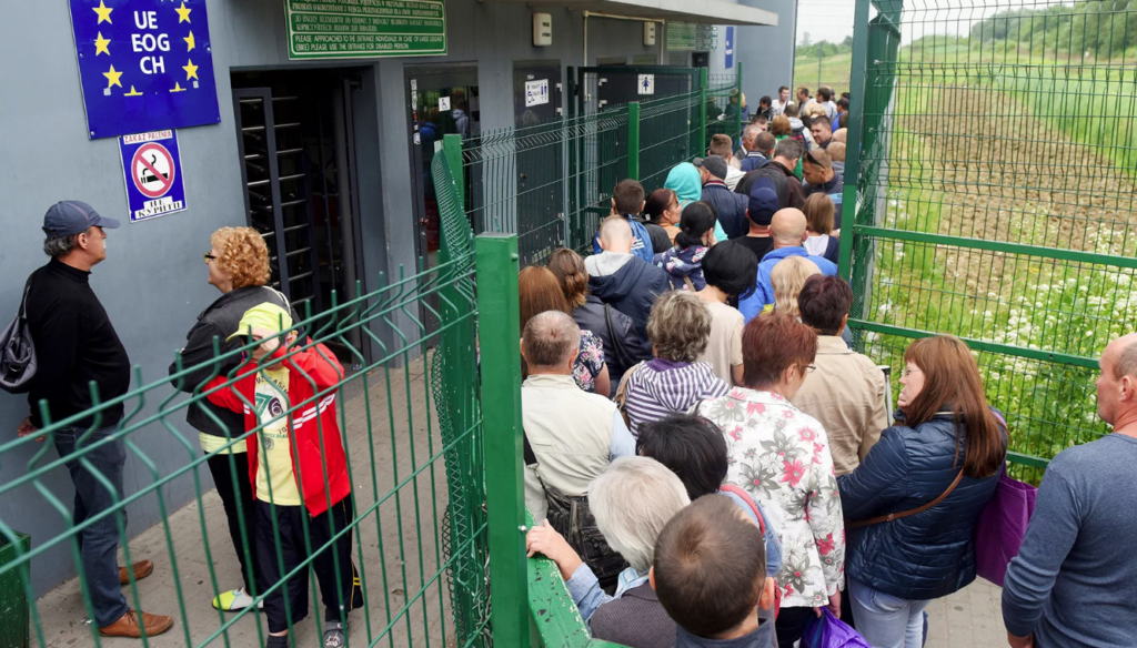 Украинка объяснила, почему сбежала на родину после девяти лет жизни в Европе