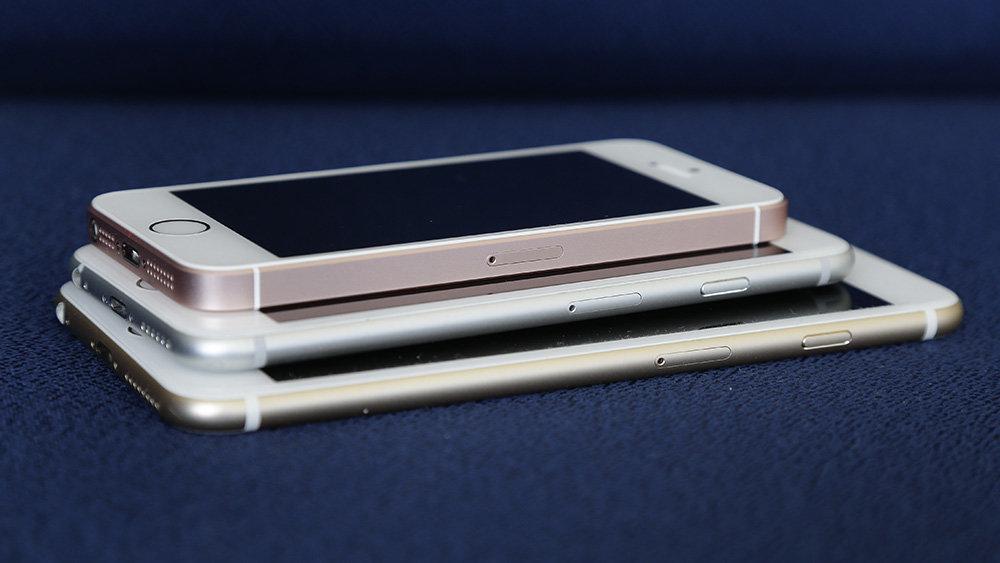 В марте Apple выпустит дешев…