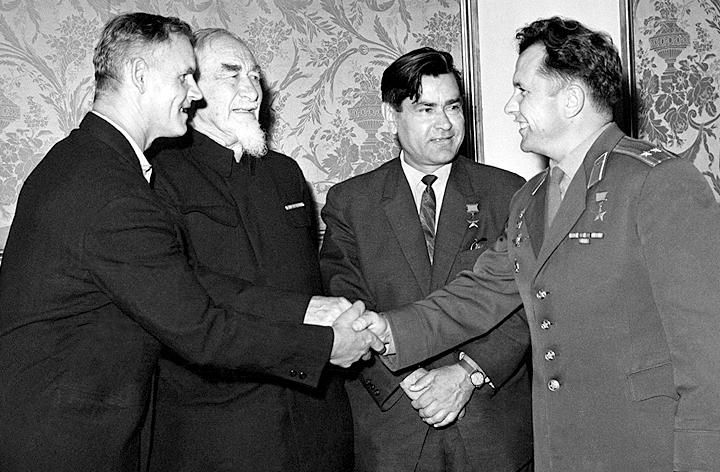 """""""Моё место – в небе"""": Как лётчик Сорокин воевал с фашистами без обеих ног история,подвиг"""