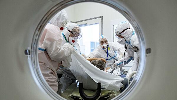 В Москве за сутки госпитализировали 701 человека с COVID-19