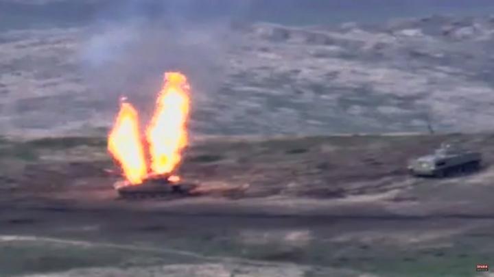 Блицкриг Азербайджана сорвался: Сотни военных попали в смертельную ловушку точки