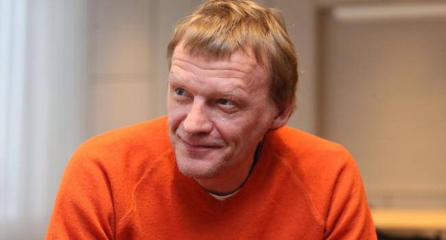 Российский актер Алексей Сер…