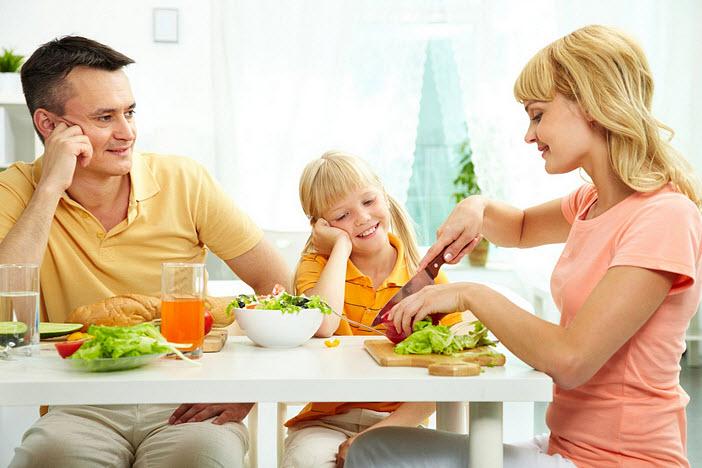 8 безобидных с виду привычек, которые портят жизнь и маме, и ее ребенку