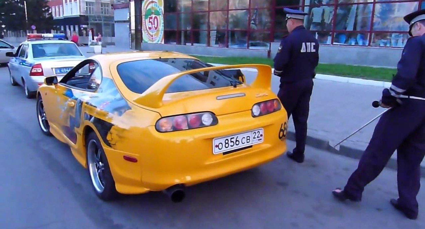 В ГИБДД Москвы предостерегли владельцев автомобилей и мотоциклов от незаконного тюнинга Автомобили