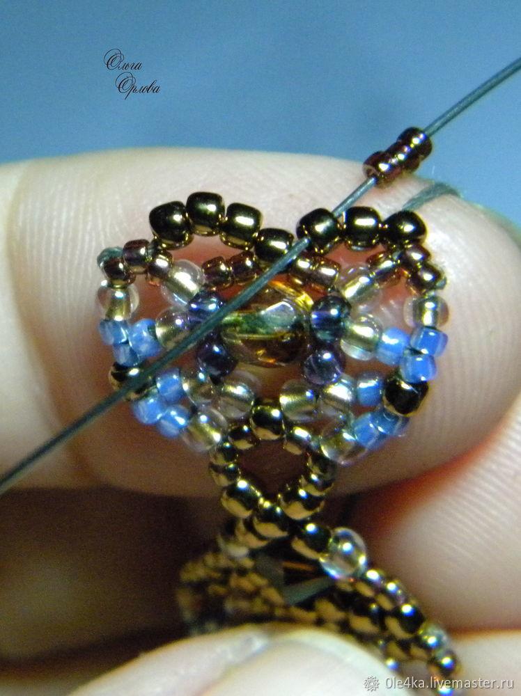 Вышиваем бисером колье «Голубые цветы» бисер,брошь,вышивка