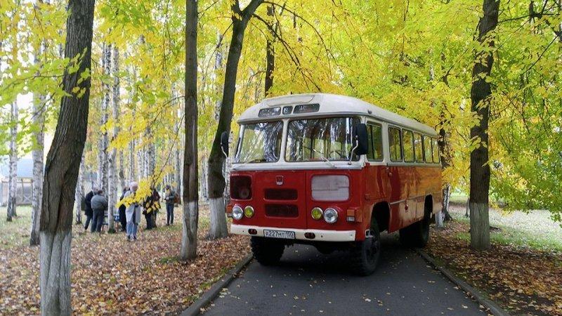 На данный момент, этот полноприводный автобус участвует в съёмках фильмов времён СССР, также автор катается на своём ПАЗике, для него это автобус «души». авто, автобус, восстановление, олдтаймер, паз, реставрация, ретро авто