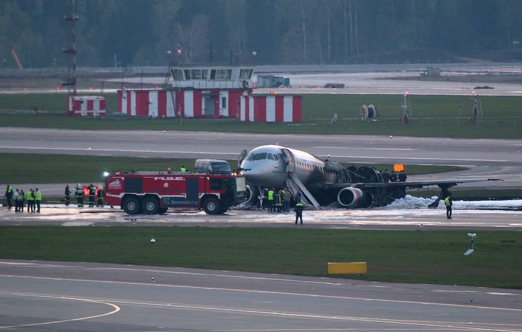 5 главных фактов о крушении Superjet 100 в Шереметьево катастрофы,крушения,происшествия,самолеты