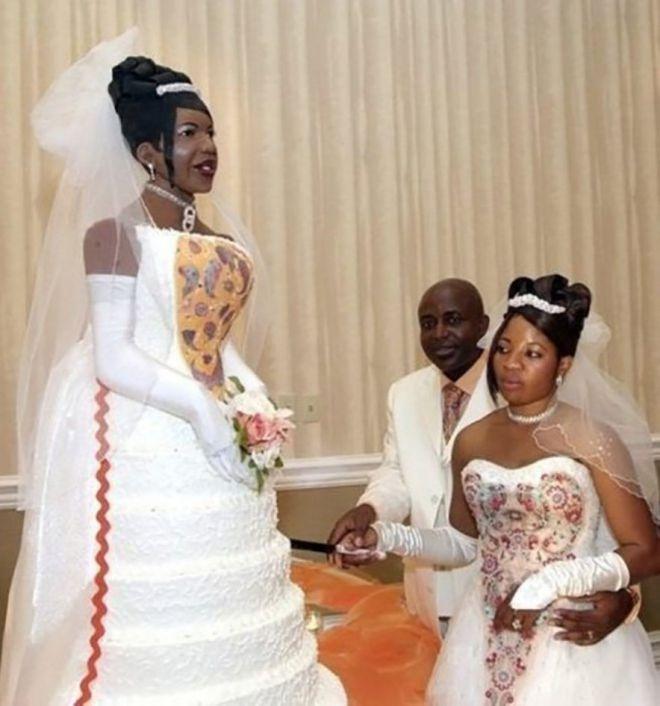 чтоб на торжестве тебя не перепутали со свадебным тортом