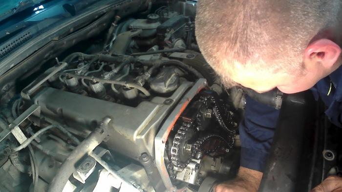 Шум из двигателя в принципе плохо.