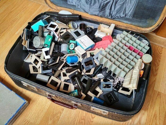 Пользователь  под ником PageD0WN купил на барахолке чемодан с плёнками и слайдами барахолка, в мире, геолог, клад, люди, ностальгия, фото, чемодан