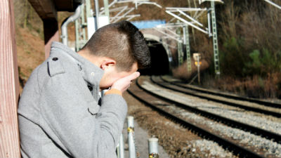 Суд обязал РЖД пожизненно содержать упавшего под поезд мужчину