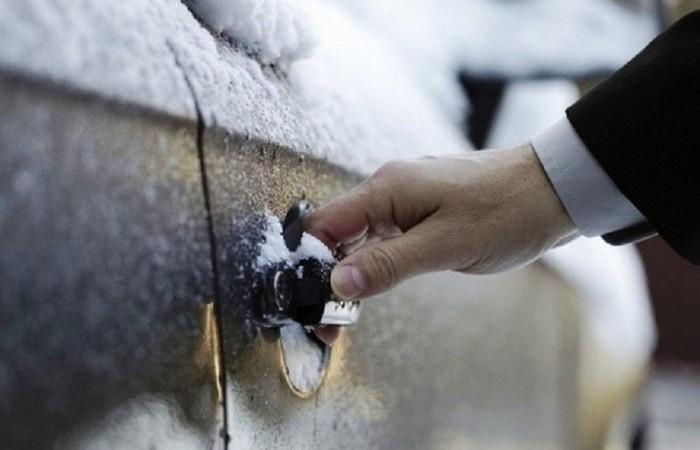 Замки «прихватило» на морозе: как решить надоедливую проблему авто,автомобиль,Россия