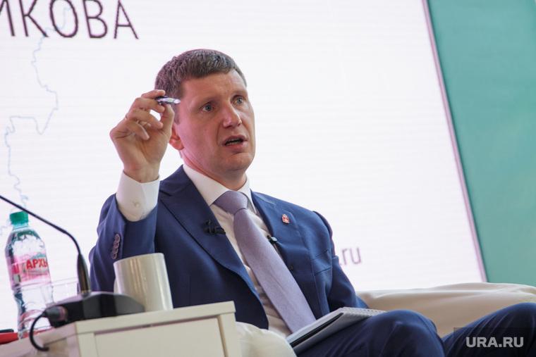 Министр Решетников назвал долю россиян, живущих в крайней нищете