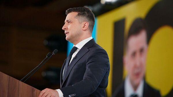 Депутат устроил скандал во время выступления Зеленского