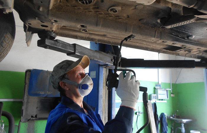 Во сколько автомобилисту обойдется антикор-обработка и можно ли сделать ее самостоятельно автомобили,водители,ремонт автомобилей