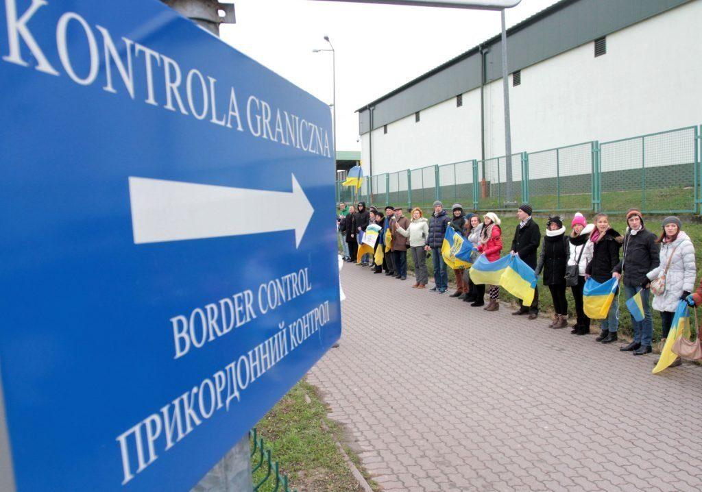 Вытесняют прибалтов: Литву заполонили заробитчане из Украины