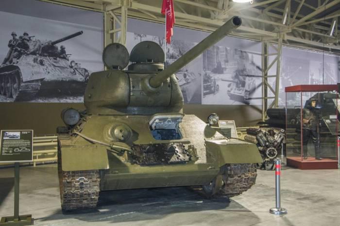 За что советские танкисты недолюбливали главный танк СССР Второй мировой войны Т-34
