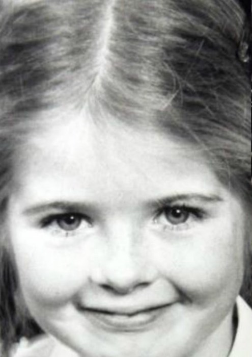 Кейт Бланшетт в детстве. / Фото: www.ytimg.com