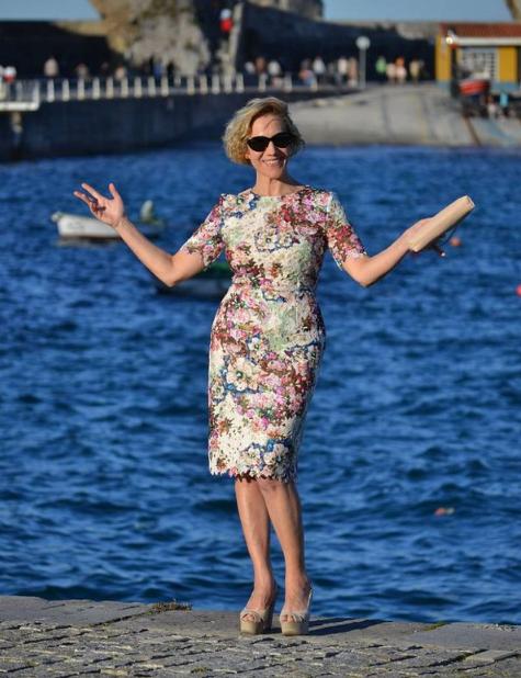 15 стильных летних платьев для женщин 50+: популярные фасоны 2018