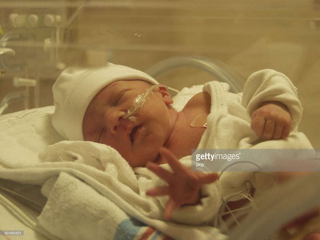 О новом днище в медицине: спасать детей – «псевдогуманизм»?