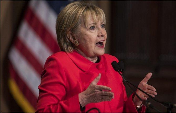 Чтобы они без России делали?_Клинтон обвинила РФ во вмешательстве в предвыборную кампанию на стороне Трампа