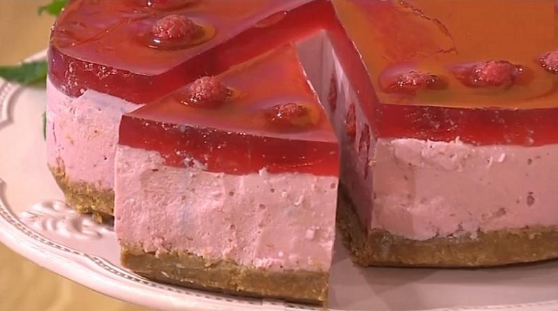 Творожно-малиновый десерт: т…