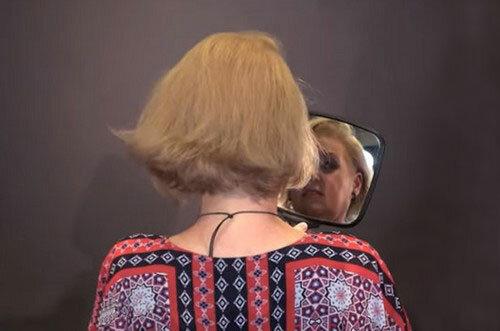 Мастер показал, как сделать красивую стрижку и объёмную укладку на редеющих волосах волосы,красота,мода и красота,прически,стильные преображения