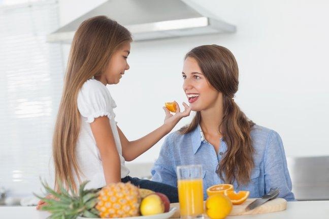 12 вещей, которым стоит обучить дочь