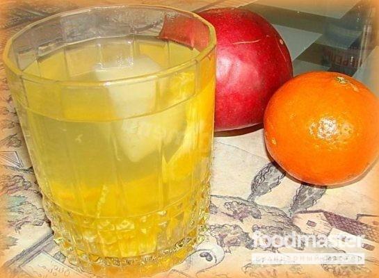 Компот из яблок и мандаринов