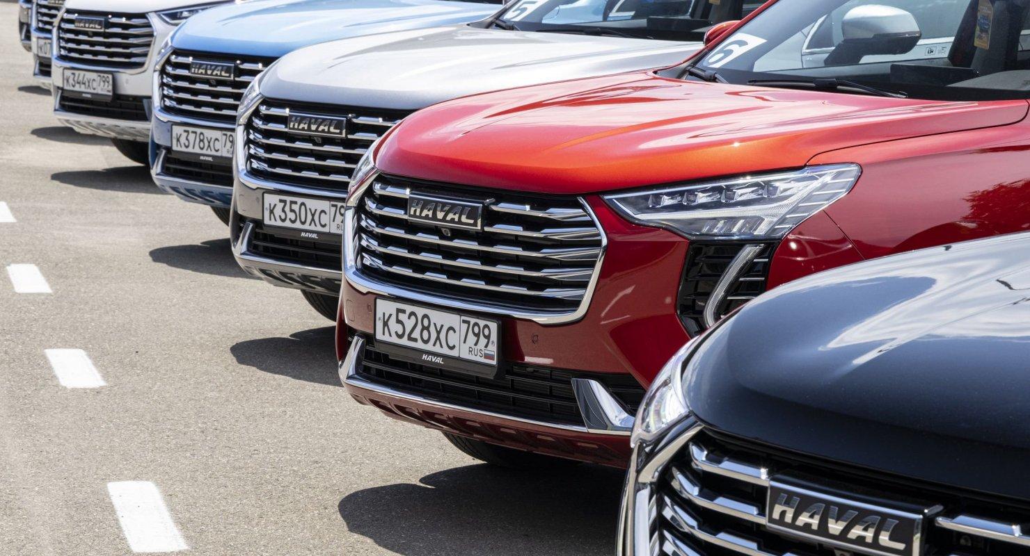 Эксперты рассказали, чем вызван бешеный спрос на китайские автомобили в России Автомобили