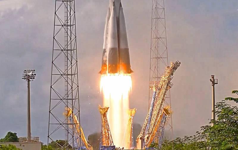 «Роскосмос» установил антирекорд, но справился без аварий Техно