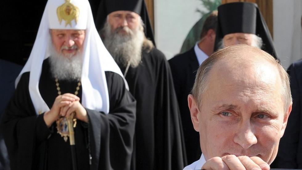 РПЦ считает, что запрет на посещение храмов Петербурга противоречит Конституции