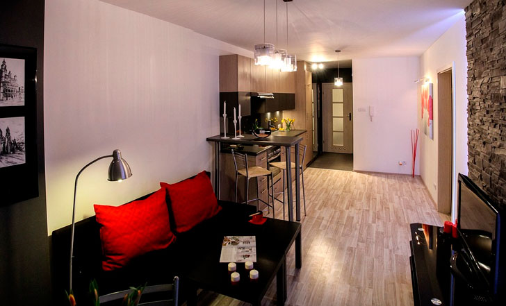 """""""Наташа, ну куда нам с тобой 3 комнаты? Пусть у ребят квартира будет, нам и однокомнатной на двоих хватит"""""""